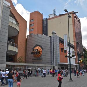 Local Comercial En Venta En Caracas, Sabana Grande, Venezuela, VE RAH: 17-4911