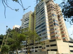 Apartamento En Venta En Valencia, Las Chimeneas, Venezuela, VE RAH: 17-4817