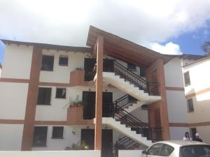 Apartamento En Venta En Carrizal, Municipio Carrizal, Venezuela, VE RAH: 17-4831