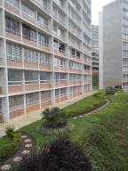 Apartamento En Venta En Caracas, El Encantado, Venezuela, VE RAH: 17-4841