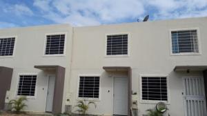 Casa En Venta En Barquisimeto, Terrazas De La Ensenada, Venezuela, VE RAH: 17-4773