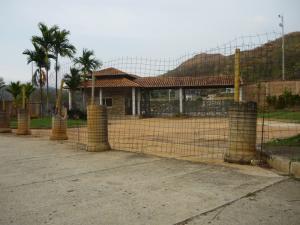 Terreno En Venta En Valencia, Guataparo, Venezuela, VE RAH: 17-5731