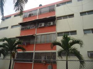 Apartamento En Venta En Cabudare, Parroquia Cabudare, Venezuela, VE RAH: 17-4881