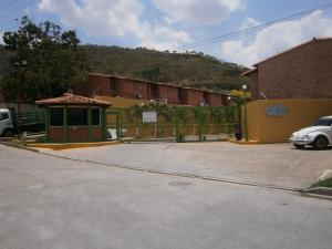 Townhouse En Venta En Municipio Naguanagua, Manantial, Venezuela, VE RAH: 17-4807