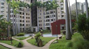 Apartamento En Alquiler En Caracas, Santa Eduvigis, Venezuela, VE RAH: 17-4859