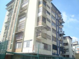 Apartamento En Venta En Caracas, Los Rosales, Venezuela, VE RAH: 17-4982