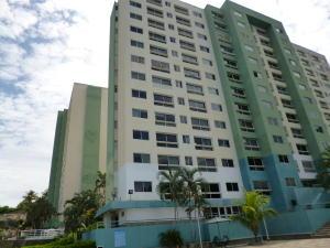 Apartamento En Venta En Parroquia Caraballeda, La Llanada, Venezuela, VE RAH: 17-4895