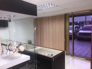 Local Comercial En Venta En Maracaibo, Dr Portillo, Venezuela, VE RAH: 17-4907