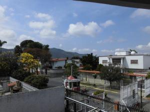 Casa En Venta En Caracas, Colinas De Vista Alegre, Venezuela, VE RAH: 17-4912