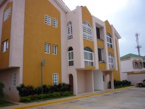 Apartamento En Venta En Maracaibo, Fuerzas Armadas, Venezuela, VE RAH: 17-4913