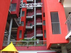Apartamento En Venta En Maracaibo, Valle Frio, Venezuela, VE RAH: 17-4915