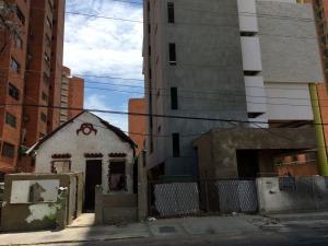 Terreno En Ventaen Maracaibo, Valle Frio, Venezuela, VE RAH: 17-4941