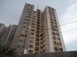 Apartamento En Venta En Maracaibo, Valle Claro, Venezuela, VE RAH: 17-4725