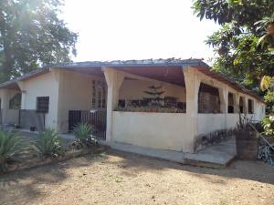 Casa En Venta En Municipio Libertador, Bella Vista, Venezuela, VE RAH: 17-4975