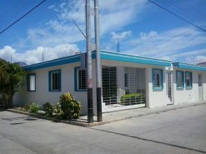 Casa En Venta En Municipio San Diego, Caracaras, Venezuela, VE RAH: 17-4985