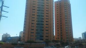 Apartamento En Alquiler En Maracaibo, Avenida Bella Vista, Venezuela, VE RAH: 17-4999