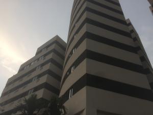 Apartamento En Venta En Valencia, El Parral, Venezuela, VE RAH: 17-5016