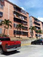 Apartamento En Venta En Guatire, Vicente Emilio Sojo, Venezuela, VE RAH: 17-5012
