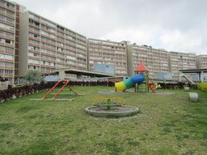 Apartamento En Venta En Caracas, El Encantado, Venezuela, VE RAH: 17-5026