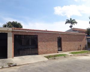 Casa En Ventaen Valencia, Trigal Centro, Venezuela, VE RAH: 16-5903