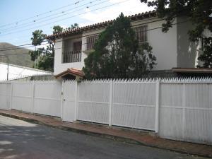 Casa En Venta En Maracay, Barrio Sucre, Venezuela, VE RAH: 17-5051