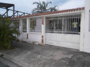 Casa En Venta En Municipio San Diego, La Esmeralda, Venezuela, VE RAH: 17-5060
