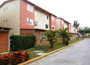 Apartamento En Venta En Guatire, Valle Grande, Venezuela, VE RAH: 17-5107