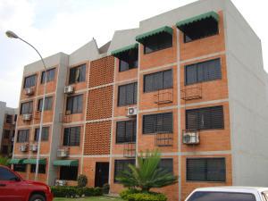 Apartamento En Venta En Maracay, Coropo, Venezuela, VE RAH: 17-5079
