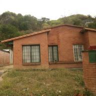Casa En Venta En Guatire, Contry Villas, Venezuela, VE RAH: 17-5089