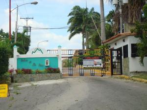 Terreno En Venta En Charallave, Santa Rosa De Charallave, Venezuela, VE RAH: 17-5091