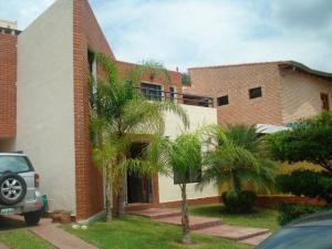 Casa En Venta En Valencia, Parque Mirador, Venezuela, VE RAH: 17-5126