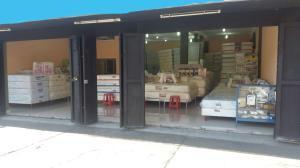 Local Comercial En Ventaen Maracay, Avenida 19 De Abril, Venezuela, VE RAH: 17-5170