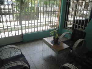 Casa En Venta En Valencia, La Isabelica, Venezuela, VE RAH: 17-5172