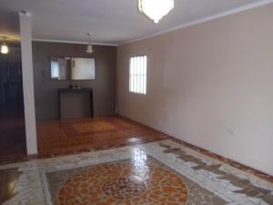 Casa En Venta En Maracaibo, La Limpia, Venezuela, VE RAH: 17-5179