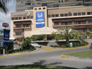 Local Comercial En Venta En Caracas En La Lagunita Country Club - Código: 17-5502