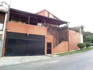 Casa En Venta En Caracas, El Marques, Venezuela, VE RAH: 17-5206