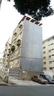 Apartamento En Venta En Caracas, Los Palos Grandes, Venezuela, VE RAH: 17-5297