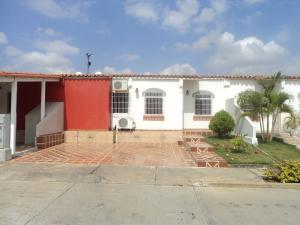 Casa En Venta En Cabudare, Los Cerezos, Venezuela, VE RAH: 17-5507