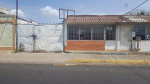 Terreno En Venta En Punto Fijo, Caja De Agua, Venezuela, VE RAH: 17-5362