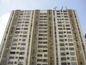 Apartamento En Venta En Barquisimeto, Club Hipico Las Trinitarias, Venezuela, VE RAH: 17-5208