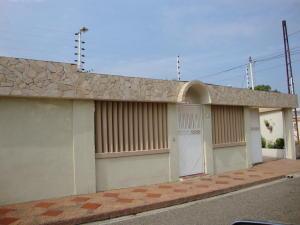 Casa En Venta En Maracaibo, Monte Bello, Venezuela, VE RAH: 17-5255