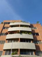 Apartamento En Venta En Caracas, Cumbres De Curumo, Venezuela, VE RAH: 17-5276