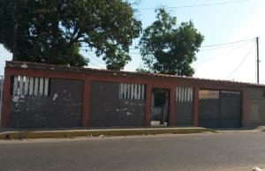 Casa En Venta En Maracaibo, San Miguel, Venezuela, VE RAH: 15-4042