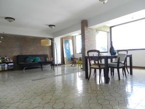 Apartamento En Venta En Caracas - Los Naranjos del Cafetal Código FLEX: 17-5293 No.3