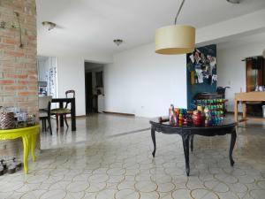 Apartamento En Venta En Caracas - Los Naranjos del Cafetal Código FLEX: 17-5293 No.5
