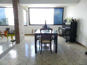 Apartamento En Venta En Caracas - Los Naranjos del Cafetal Código FLEX: 17-5293 No.7