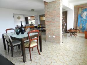 Apartamento En Venta En Caracas - Los Naranjos del Cafetal Código FLEX: 17-5293 No.9