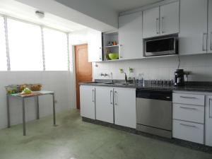 Apartamento En Venta En Caracas - Los Naranjos del Cafetal Código FLEX: 17-5293 No.16