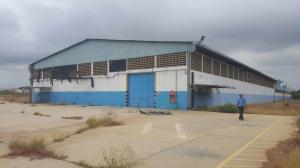 Galpon - Deposito En Alquiler En Municipio San Francisco, Zona Industrial, Venezuela, VE RAH: 17-5192
