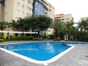 Apartamento En Venta En Municipio Naguanagua, La Granja, Venezuela, VE RAH: 17-5354